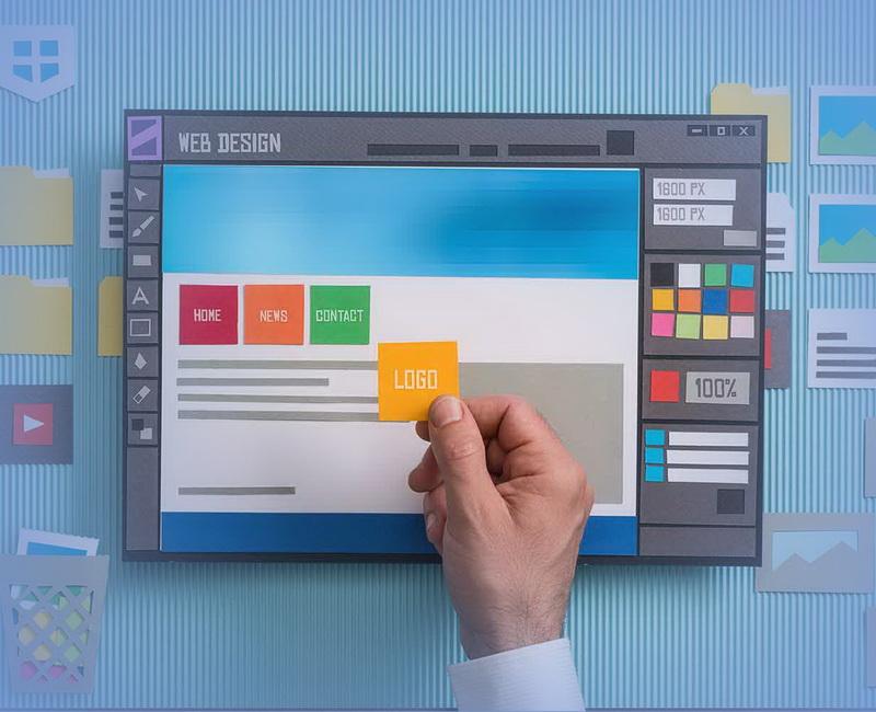 При работе с CMS смена дизайна происходит в несколько кликов