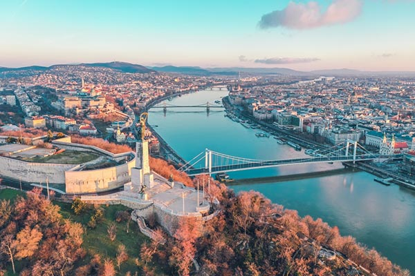 Иммиграция в Венгрию из Украины