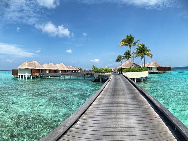 Как искать работу на Мальдивах