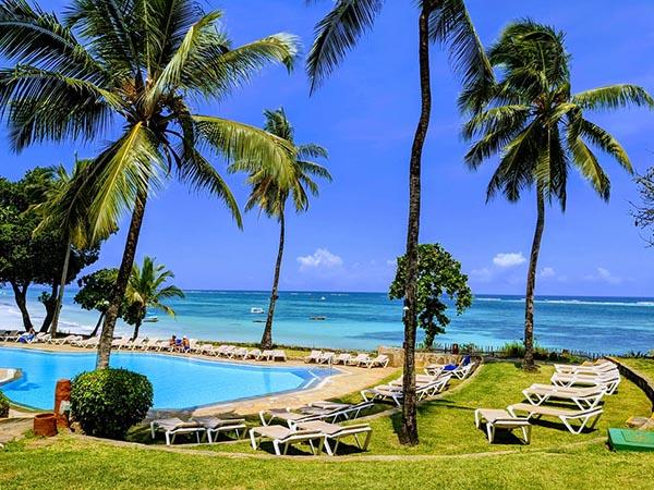 Отели на побережье Кении